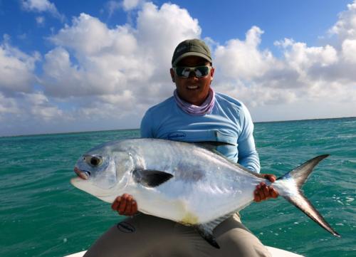 histoire de pêche, gros permit cubain, permit trophée à la mouche, pêche du permit, permit à la mouche, permit Cuba Cayo Cruz, Jean-Baptiste Vidal Moniteur-Guide de pêche, Enjoy Fishing