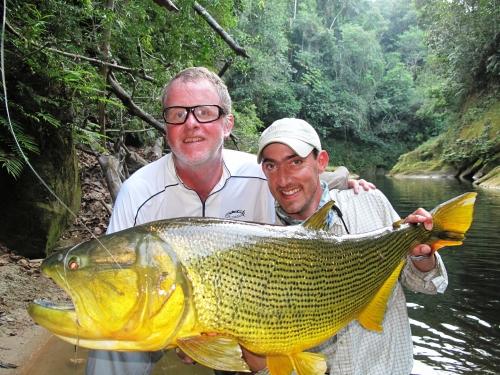 histoire de pêche, dorado, dorado à la mouche, pêche du dorado, gros dorado bolivien, Tsimane lodge, énorme dorado, Jean-Baptiste Vidal Moniteur-Guide de pêche à la mouche, Enjoy Fishing