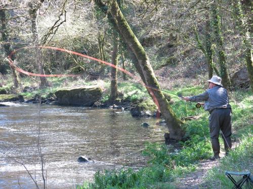 Pêche des migrateurs, pêche du saumon en Bretagne, pêche de l'alose en Bretagne, Jean-Baptiste Vidal guide de pêche, pêche à la mouche en Bretagne, Alose, saumon, Enjoy Fishing